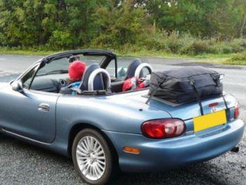 mazda mx5 mk2 luggage rack fitted to blue mk2 mx5