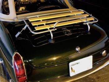 MGB Luggage Rack 1960 style with wooden slats fitted to 1970 green mgb