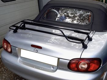 black luggage rack fitted to silver mk2 nb miata mx5